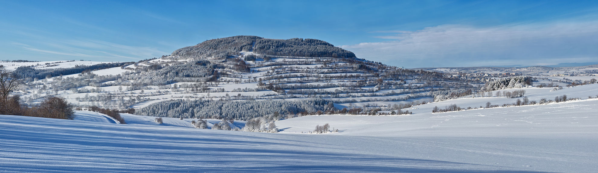 Winterlandschaft am Pöhlberg, von Mildenauer Flur aus gesehen.